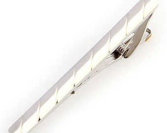 Shiny Repeating Groove Silver Men Tie Clip Classic Tie Bar Silver Tone Very Cool Comes with Gift Box