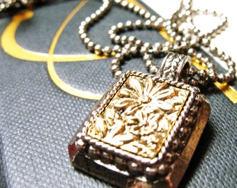 "Forget Me Not Pendant Vintage EState Framed w 16 "" Double Chains Necklace Silk Road Jewelry"