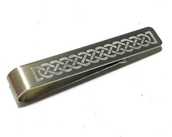 Custom Celtic Knot Tie Bar Clip Tie bar Norse Viking Scottish Irish Eternal Knot Wedding Love Marriage Gift Groom Very Cool Dad Gift Box