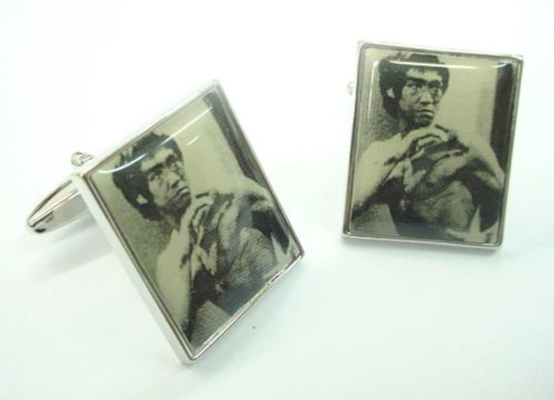 Enter the Dragon Bruce Lee Cufflinks Cuff Links Hollywood Motion Pictures Buff Film Industry Classic Cuff Links Comes with Gift Box