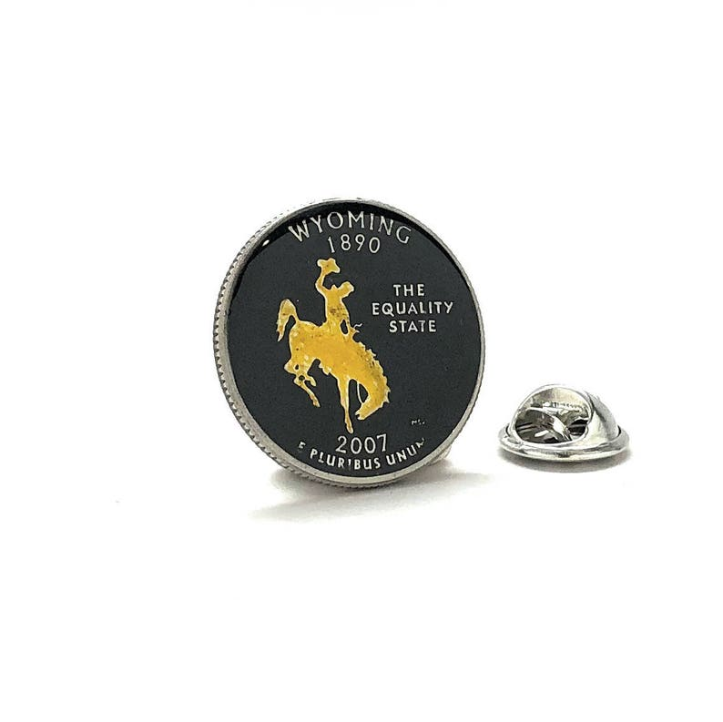 Enamel Pin Hand Painted Wyoming State Quarter Enamel Coin Lapel Pin Tie  Tack Collector Pin Travel Souvenir Coins Cool Fun Cowboy Horse