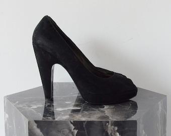 PRADA 90's black suede pumps