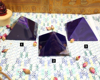 Polished Agate Pyramid - You choose - Beautiful agates from Brazil - Metaphysical - Crystals grids - Spiritual gifts (RK94B7-02)