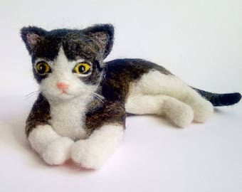 Custom needle felt cat, Felted cat sculpture, Felt memorial cat, Felt cat portrait figurine art, Cat soft sculpture, Custom cat portrait