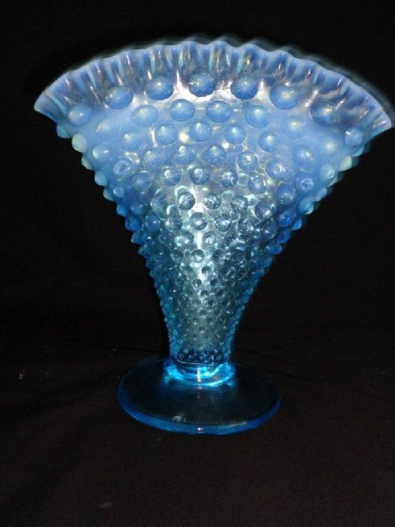 Vintage Fenton Blue Opalescent Hobnail Fan Vase 8 Wcre