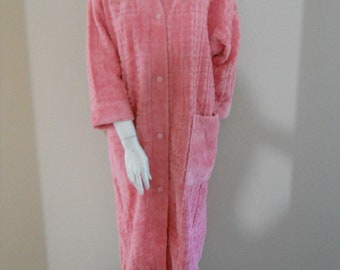Vintage chenille bath robe from  ENGLAND vintage Bedspread dressing gown NEVER used