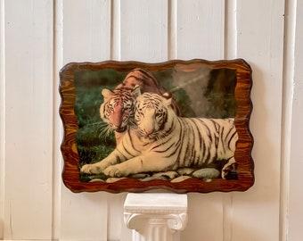 Vintage Tiger Resin Wood Décor found by Willabird Designs Vintage Finds