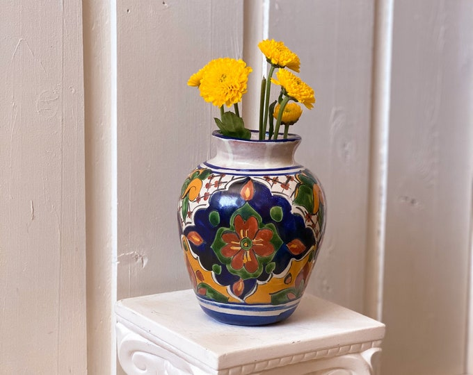Hand Painted Mexican Vase found by Willabird Designs Vintage Finds