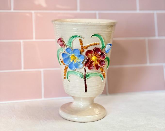 Scandi Folk Art Vase found by Willabird Designs Vintage Finds