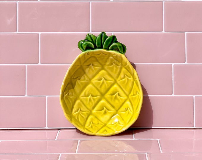 Vintage Cemar Pottery Pineapple found by Willabird Designs Vintage Finds