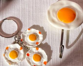 Eggsellent Vintage Egg Hook & Keychain found by Willabird Designs Vintage Finds