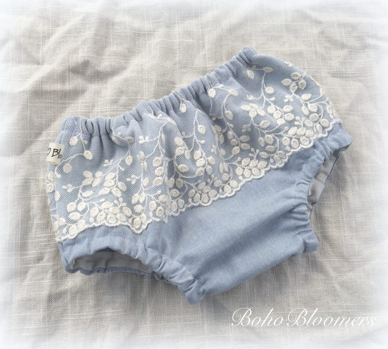 Boho Bloomers Lace Bloomer Ruffle Nappy Diaper Cover Lace Bloomers Baby Skirt Girls Clothing Bohemian Wedding Cake Smash Newborn Photo Props