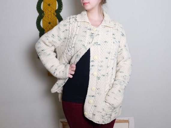 70s Vintage cardigan white green Cable knit Aran k
