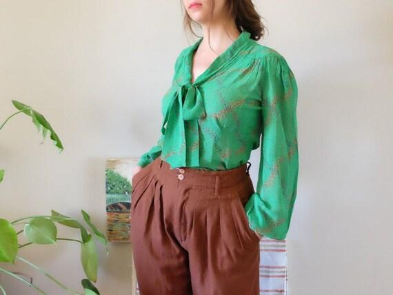 Jeff Banks 70s Designer Vintage blouse Green flora