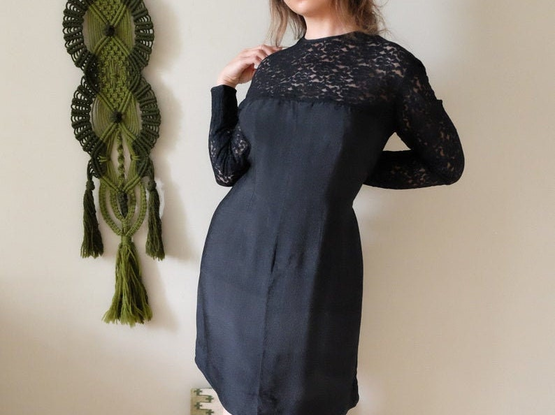 sale 60s Vintage dress black lace long sleeve crew neck sheath dress Prom Event Party Cocktail dress Large L