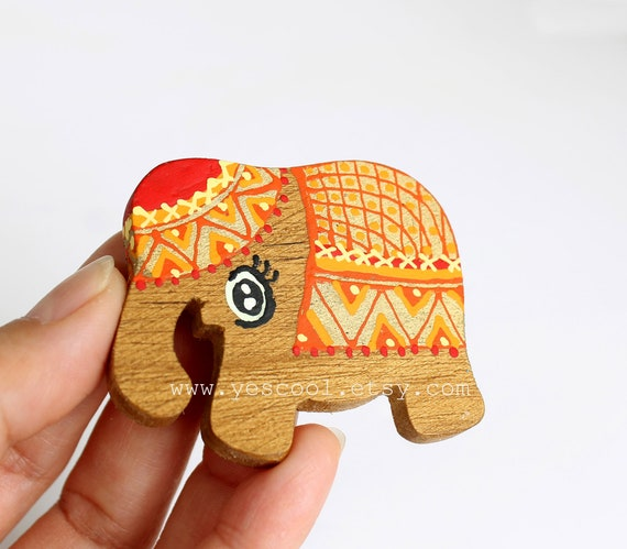 Vintage Elephant Magnets Set of 4 Animal Cute Hand Painted New In Box