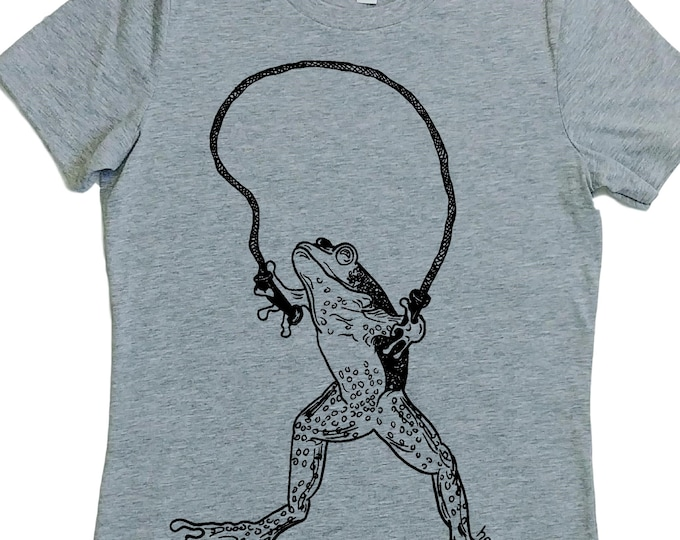 Womens TShirts - Graphic Tees for Women  - Frog Tee - Fashion TShirts - Cool Tee Shirt - Cute Tshirts - Grey Tees