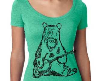 Womans Scoop Neck Shirt - Banjo Grizzly Bear T Shirt - Funny Graphic TShirts - Gift for Wife - Green Triblend T Shirt