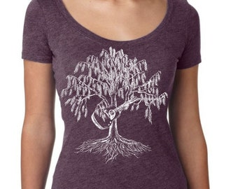 Music Teacher Gift | Scoop Neck Shirt - Weeping Willow Playing Guitar Shirt - Funny Graphic TShirts - Gift for Wife