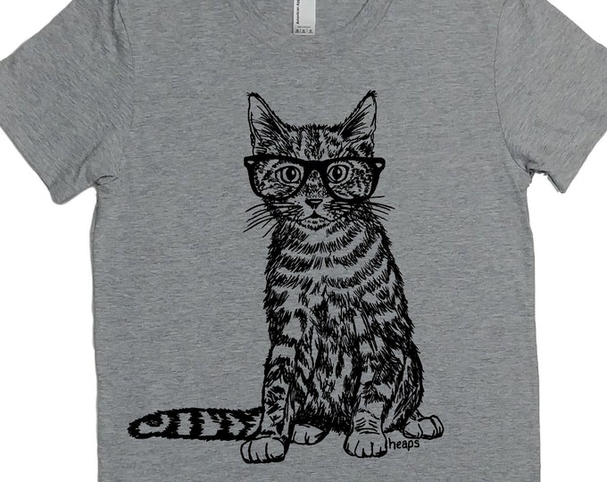 Woman T Shirt - Cat TShirt - Hipster Clothing - Animal T Shirt - Gift for Women - Funny Tshirts - Women Graphic Tee