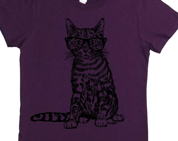 Cat TShirt - Gift for Women - Screen Print Graphic Tees for Women - Cat Lover Gift - Fashion Design - Funny Cat - Purple Crewneck - Cotton