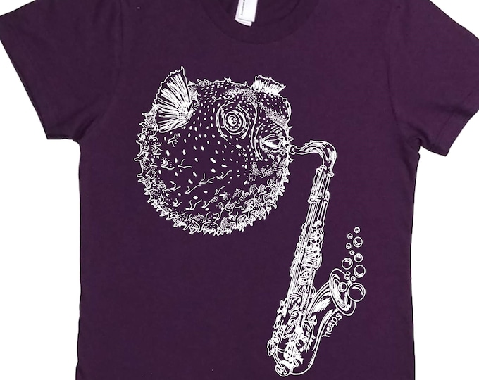 Blowfish Tshirt for Woman - Womens Funny Tshirt - Cool Womens Tops - Graphic T Shirts for Women - Purple Womens Tee - Cute Trendy Clothes