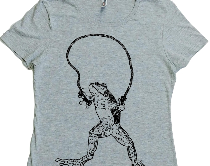T Shirts for Women - Regular Fit Shirt - Reptile Clothes - Frog Tshirt - Jumping Rope - Skipping - Womens Graphic Tshirt - Womans Tee Shirt