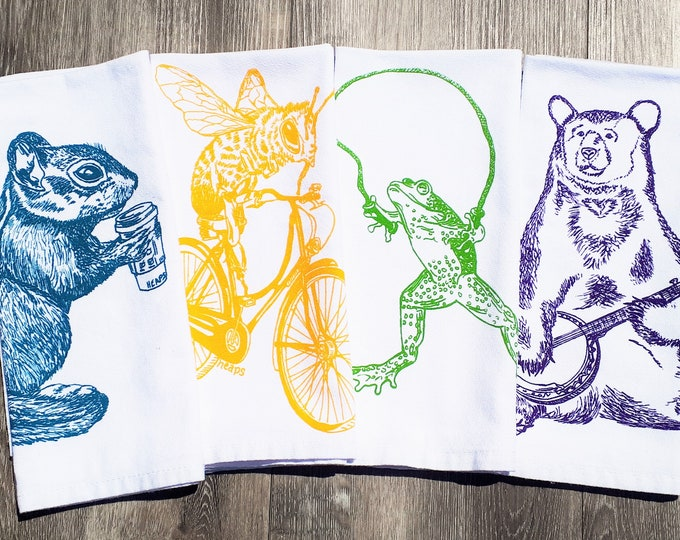 Funny Forest Animals Table Napkins - Cotton Eco Friendly Cloth Napkin Set - Fun House Warming Gift - Unique Table Linens - Washable Reusable