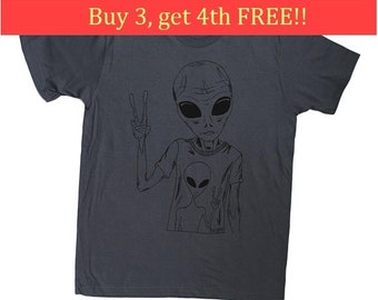 Mens TShirt Funny - Space Alien Tshirt - Sci Fi Tshirt - Mens Gift Ideas - Nerdy Tee - Charcoal Grey Tee -  Mens Tee Shirts - S M L XL 2XL