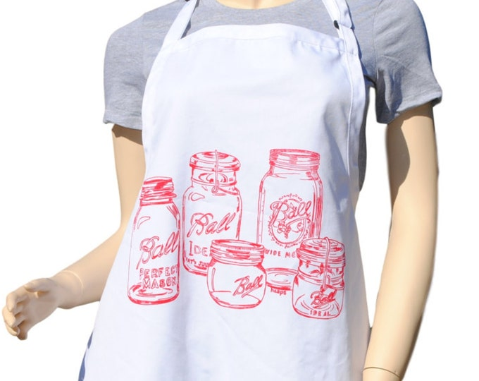 Kitchen Apron - Red Mason Jars Apron - Large Apron - Apron for Women or Men -  Kitchen Gifts Ideas - Gifts for Mom - Birthday Gift Idea