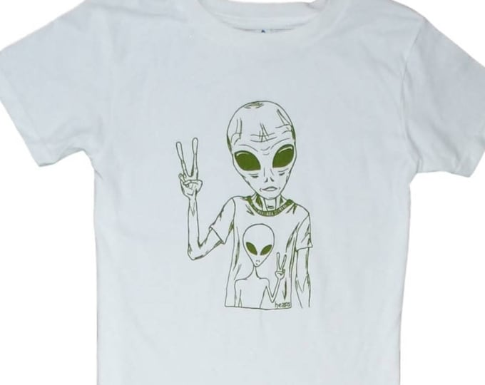 Hippie Alien Unisex Toddler T Shirt - White Boys Girls Tees - Alien Sci Fi Toddler Tee - Toddler T Shirt - Olive Green Shirts - Space Tshirt