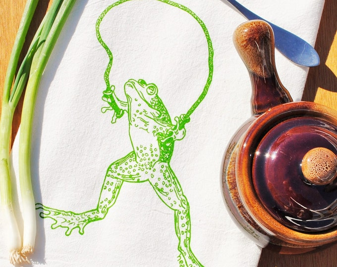 Green Frog Flour Sack Tea Towel - Funny Kitchen Towels - Cotton Cup Towels - Dish Towels - Eco Friendly Hand Dish Towels - Frog Towels