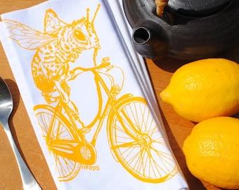 Cotton Dinner Napkins - Yellow Honey Bee on a Bike Napkins - Washable Reusable - Cloth Napkins Set - Honey Bee Napkins