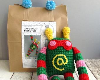 Crochet kit: Amigurumi Monster
