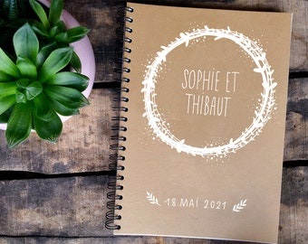 Personalized wedding kraft guest book, calligraphed and decorated by hand, with a white or colored country crown