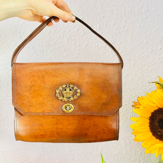 1940s RESTORED LEATHER HANDBAG - Brass Inset Handb