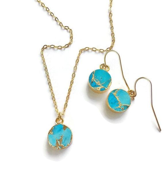 Turquoise Gemstone Necklace /& Hook Earring Set