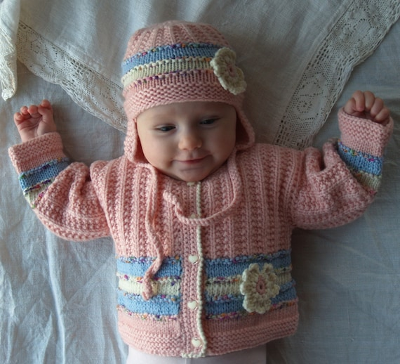 0-3 months pink wool sweater, Baby girl/'s hand knitted