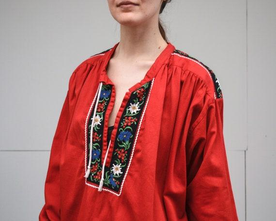 Vintage red peasant blouse 70s folk top floral emb
