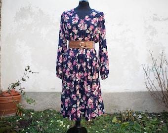 Vintage Midi Floral Rayon Dress // Vestito Midi con stampa floreale in stile Vintage