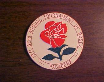 Vintage Rose Bowl Football Souvenir Pin Pinback Button DR29