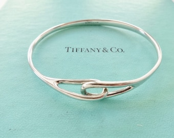 d8cc0bb86 Authentic Tiffany and Co. Vintage Interlocking Loops Sterling Silver Bangle  Bracelet