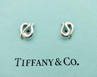 07e345a97 Authentic Tiffany & Co Elsa Peretti Wave Earrings Sterling Silver Pierced