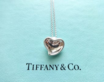 9a5dda9a5 Authentic Tiffany & Co. Elsa Peretti Vintage Sterling Silver Carved Heart  Pendant on 16