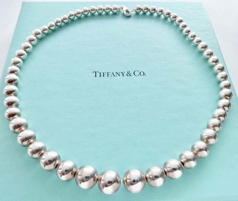 22578aee3 Authentic Tiffany and Co. Classic Sterling Silver Graduated Bead Ball  Necklace 1... Authentic Tiffany and Co. Classic Sterling Silver Graduated  Bead Ball ...