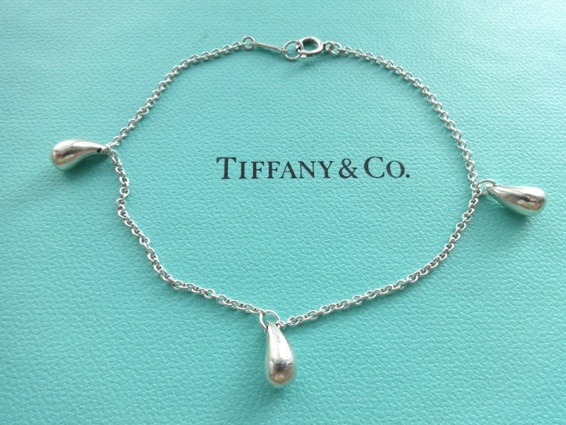20d4299ce4945 Authentic Tiffany and Co. Elsa Peretti Triple Three Teardrop Bracelet  Starling Silver 7 Inches