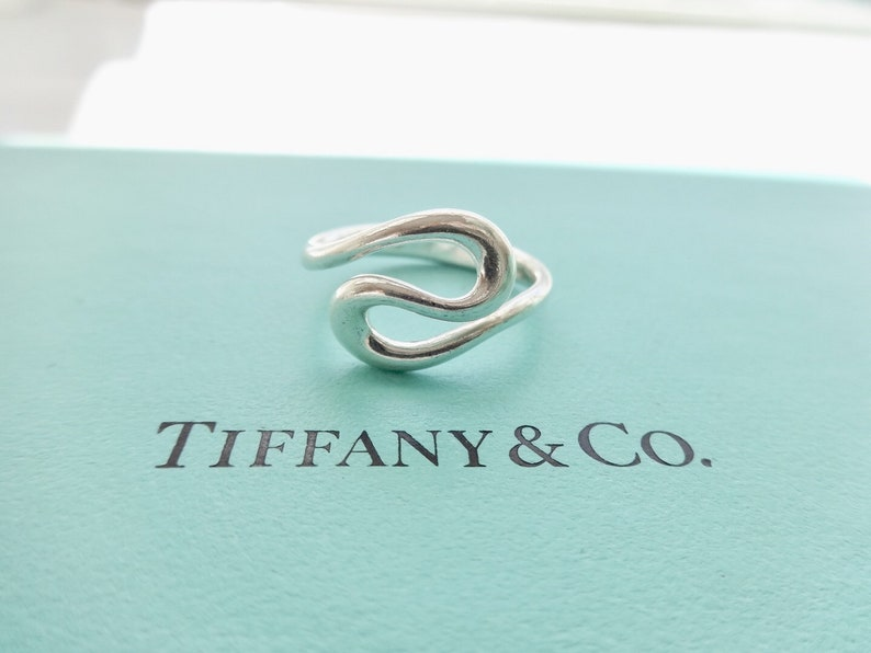 5b1de39042ab5 Authentic Tiffany & Co Elsa Peretti Sterling Silver Wave Ring Size 7