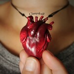 Anatomy heart necklace. Human heart necklace. Anatomy heart. Human heart. Gothic. Gothic jewelry. Halloween. Creepy.