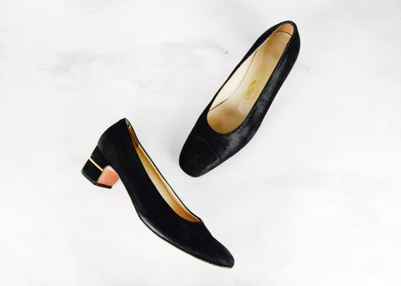 Late 1970s Salvatore Ferragamo Pumps Size 8 Vintag