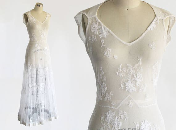 vintage 1930s antique wedding dress / 30s embroidered tambour
